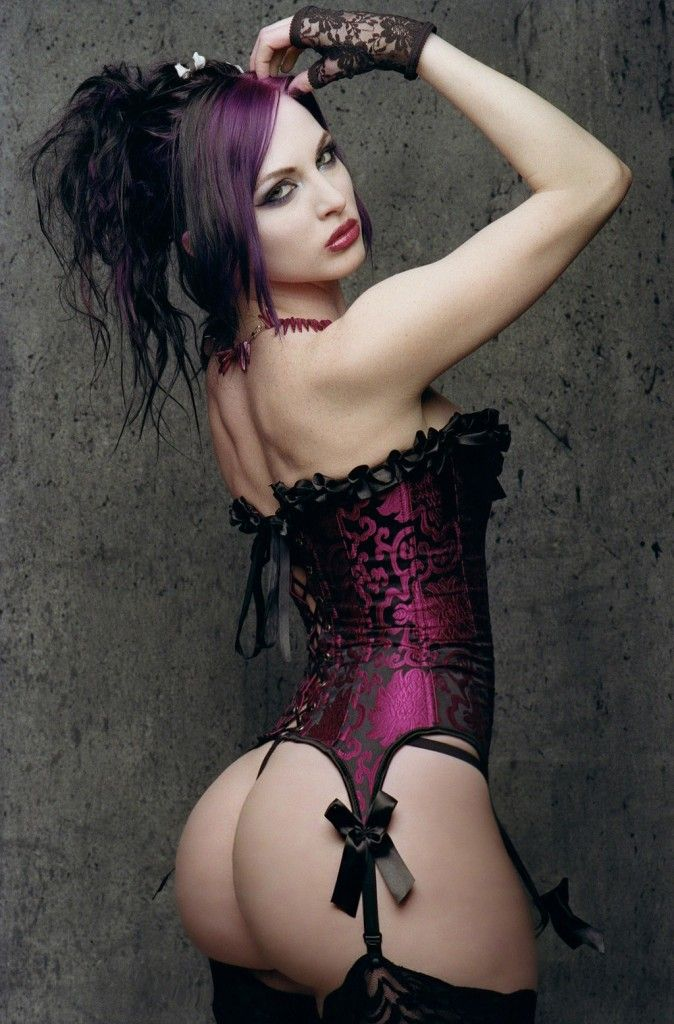Hot gothic babes nude